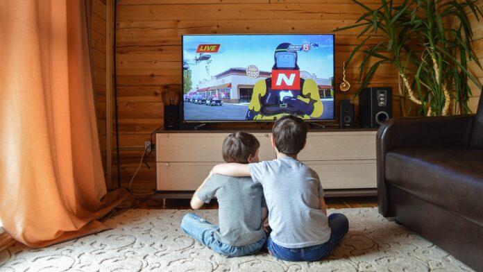 Converged TV trends - tvsquared - mediashotz (Image by Victoria_Borodinova, Pixabay)